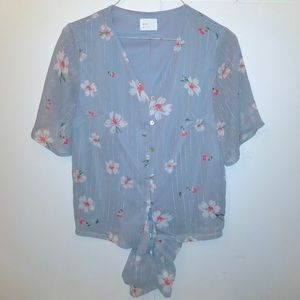 Dee Elly Blue floral button down blouse